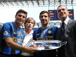 Addio al calcio Luis Figo