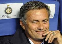 Josè Mourinho sorride