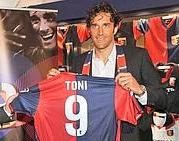 Luca Toni Genoa maglia 9