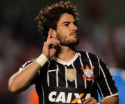 Pato Corinthians 2014