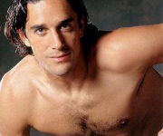 Luca Toni a torso nudo