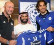 Luca Toni Al Nasr Emirati Arabi 2012 con Walter Zenga