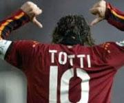 Francesco Totti capitano AS Roma maglia numero 10